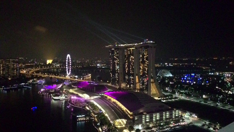 マレーシアとシンガポールを車で移動する方法